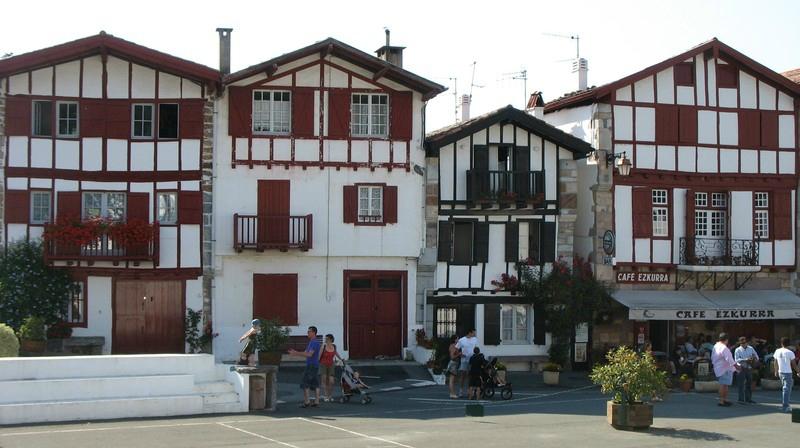 Hôtel à Ainhoa : les meilleurs tarifs d'hébergement