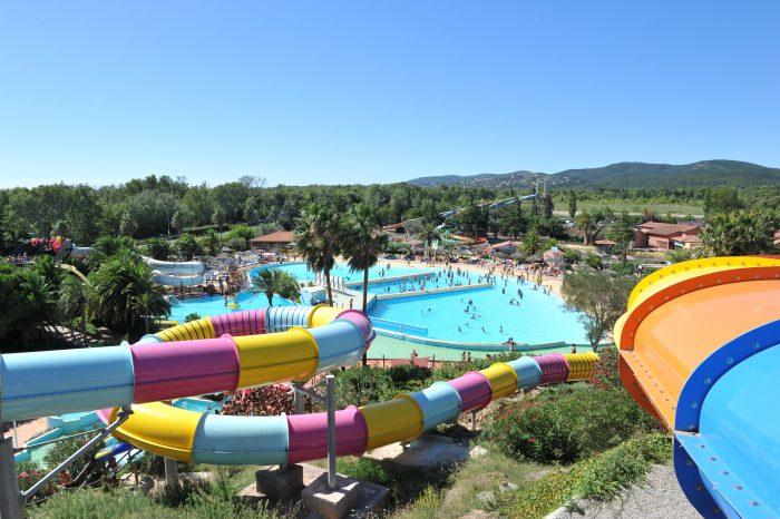 Holiday Green : Des dizaines d'attractions aquatiques vous attendent à Aqualand à Fréjus !