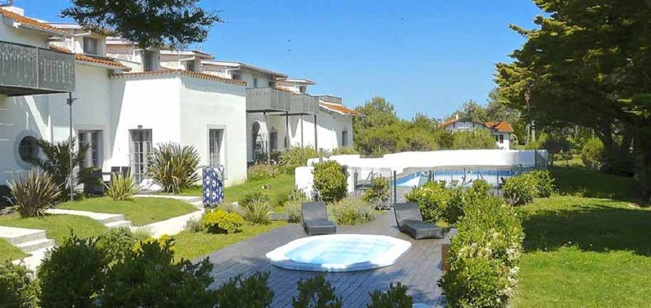 Villa de tourisme au Pays basque : le lien entre le luxeux et le naturel