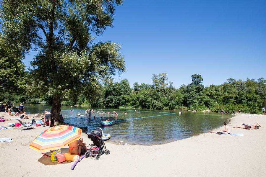 Camping en Ardèche : pourquoi aller à Berrias-et-Casteljau ?