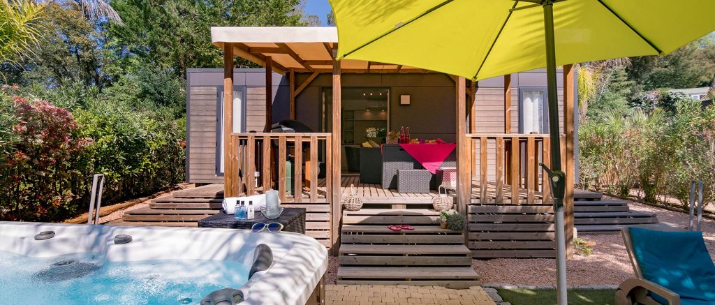 Top 3 des campings avec jacuzzi en France